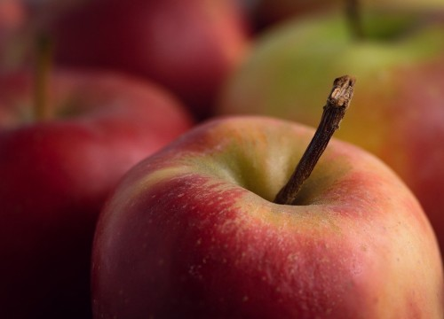 apple-5183288_1280
