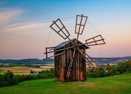 windmill-5713337_640
